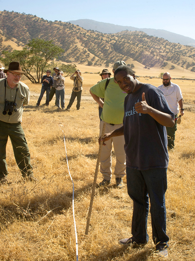Tejon Ranch Conservancy California Naturalists work on habitat restoration