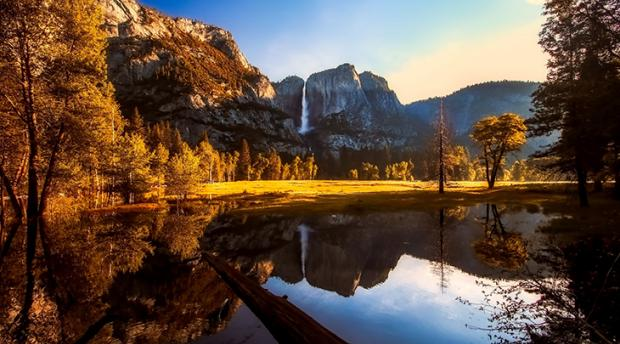 Photo of Yosemite National Park.
