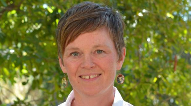 Headshot of Jodi N. Axelson.
