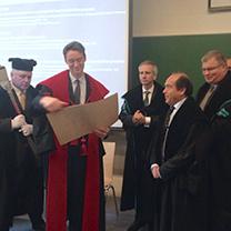 Miguel Altieri receiving honorary doctorate